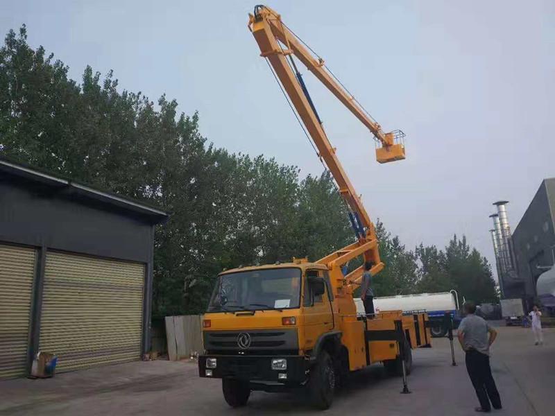 东风153型24米高空作业车