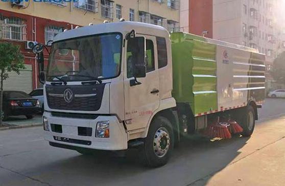 东风天锦扫路车CLW5180TSLD6