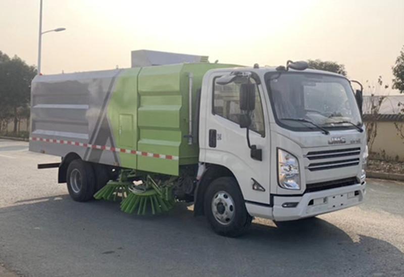 江铃N80扫路车CLW5080TS