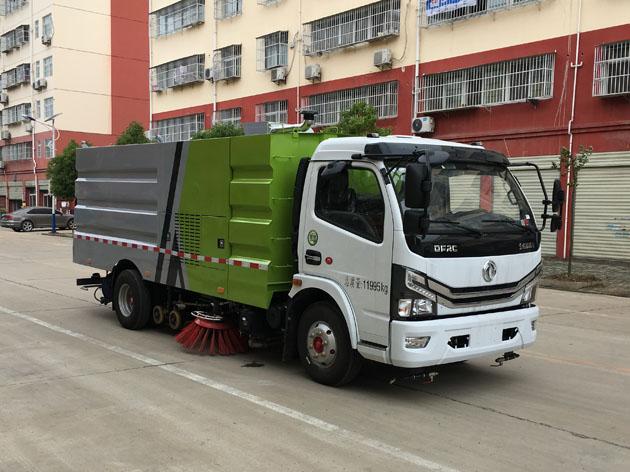 东风D7国六洗扫车CLW5121TXS6